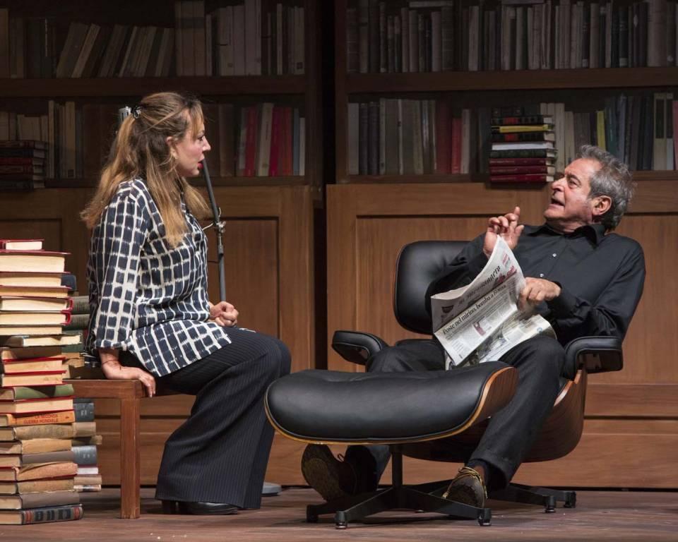 Teatro Chiabrera Ennio Fantastichini