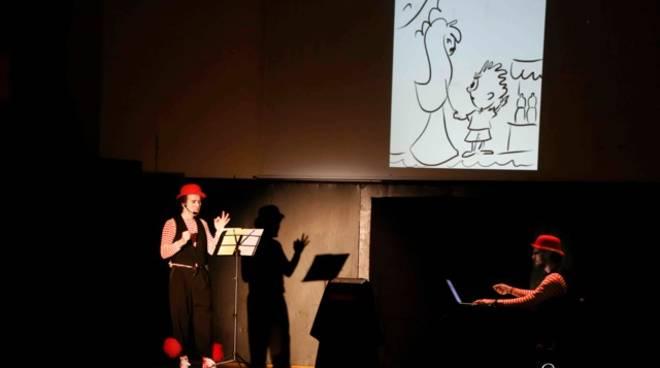 Pastelli e Favole spettacolo interattivo Teatro Scalzo