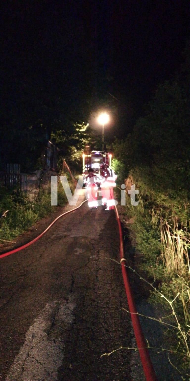 Plodio, incendio in un'abitazione: mobilitazione dei vigili del fuoco