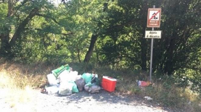 rossiglione ciusa degrado rifiuti campeggiatori valle stura