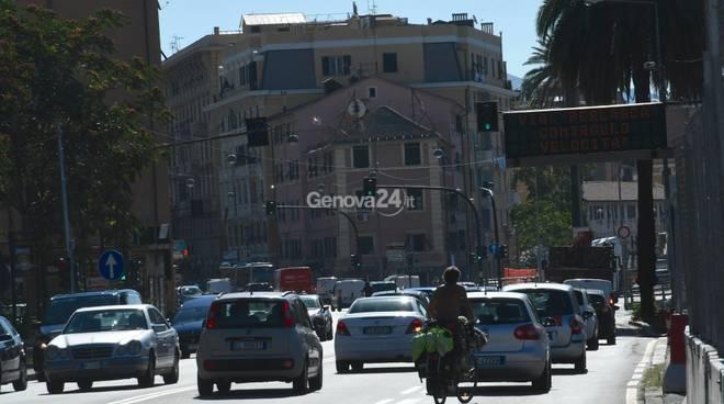 Traffico in aumento nel ponente: proseguono i disagi per la demolizione della rampa di Cornigliano