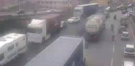 traffico porto città autostrada 16 luglio 2018