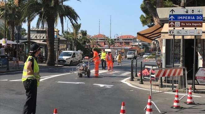 Ufficio Verde Pubblico Brescia : Albenga manutenzione decoro e verde pubblico proseguono gli