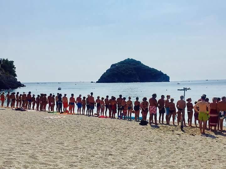 Bergeggi, minuto di silenzio in ricordo delle vittime di Genova