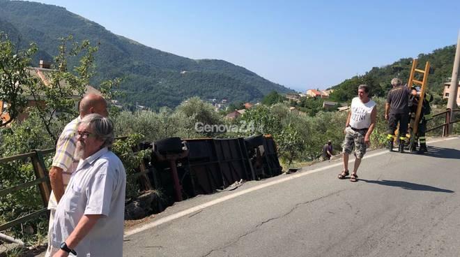 Incidente sulla a26 muore conducente tir autostrada chiusa tra voltri e ovada genova 24 - Ikea genova uscita autostrada ...