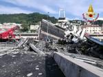 Crollato ponte Morandi a Genova