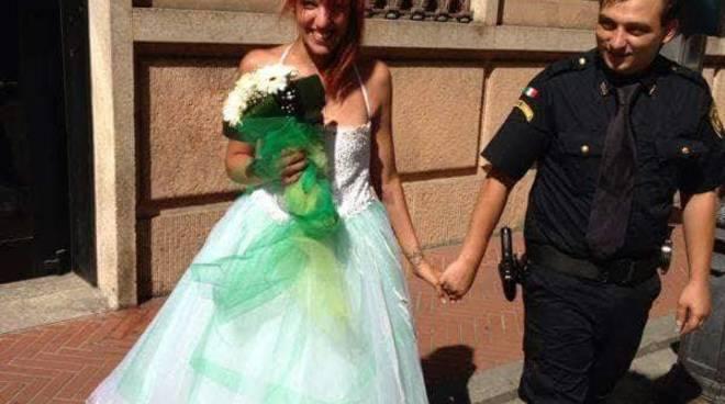 Da Como a Pietra Ligure: Giada e Matteo sposi (foto post rito in Comune 11 agosto 2013)