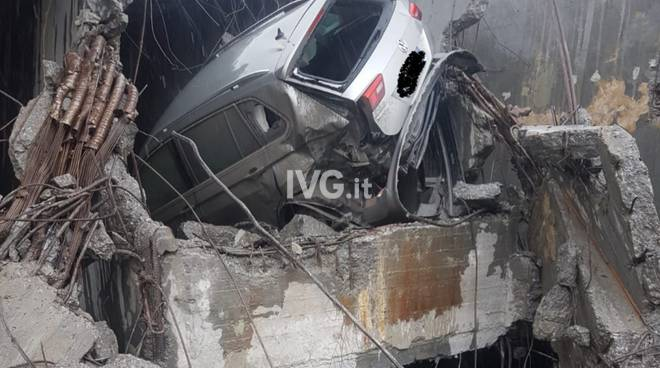 davide capello auto crollo ponte viadotto morandi