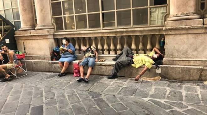 degrado piazza banchi