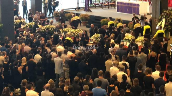 funerali di stato per le vittime del crollo del ponte Morandi