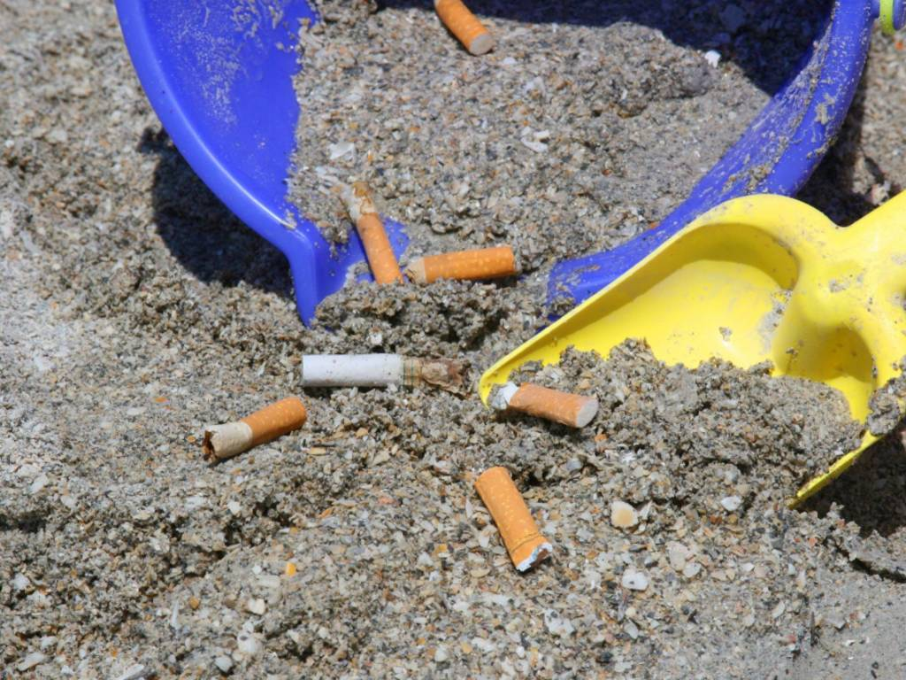 mozziconi sigaretta spiagge