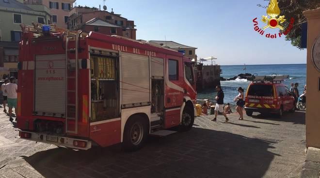 pompieri vigili del fuoco boccadasse