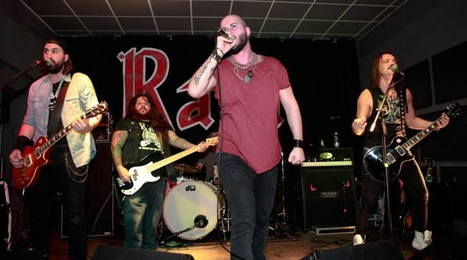 Strana Officina rock band