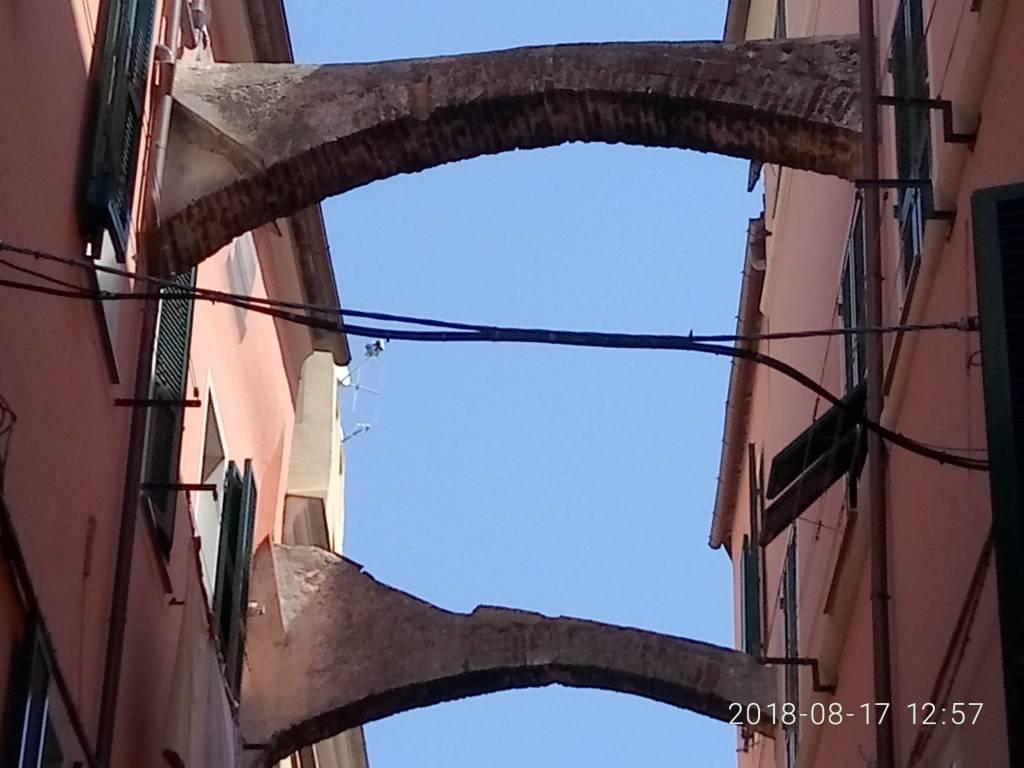 Pietra Ligure Archi Pericolanti