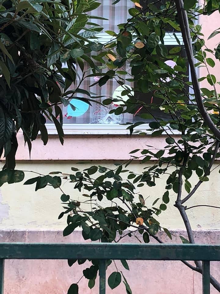 Atti vandalici lungocenta Albenga