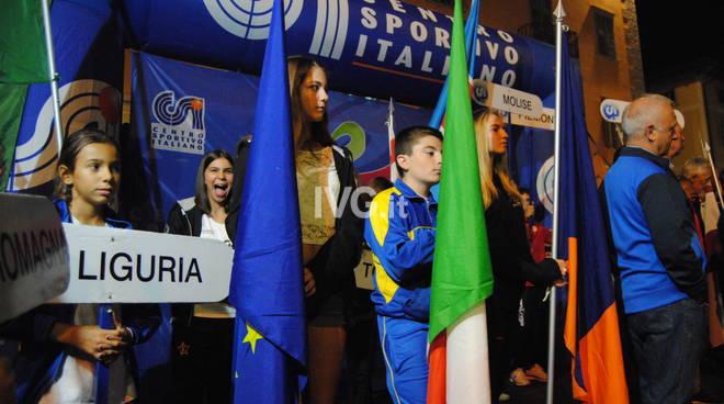 ATLETICA LEGGERA     L'A.S.D. ATLETICA VARAZZE  sventola in alto i suoi colori ai campionati Nazionali C.S.I..