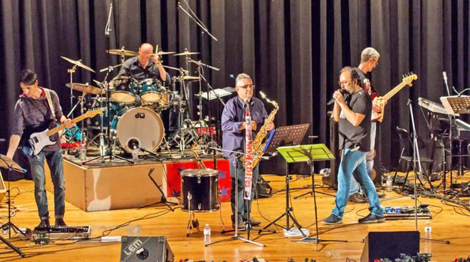 Attori e Spettatori cover band Nomadi