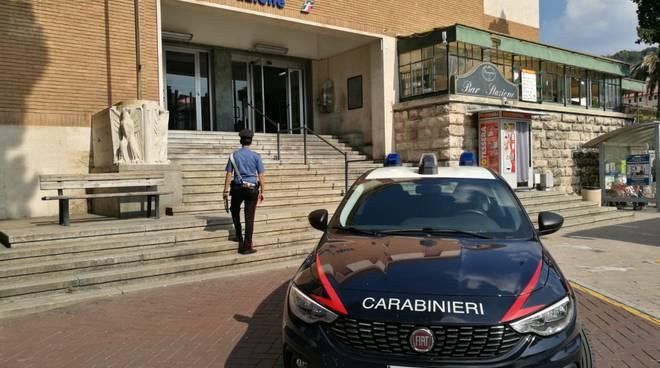 controlli carabinieri droga