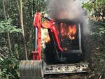 Incendio escavatore Roccavignale