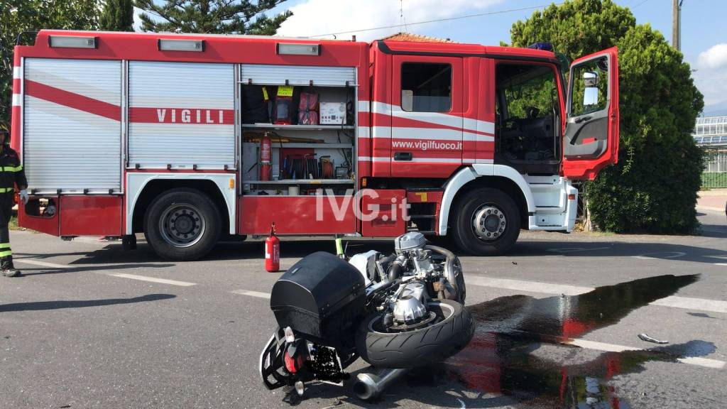 incidente auto moto albenga