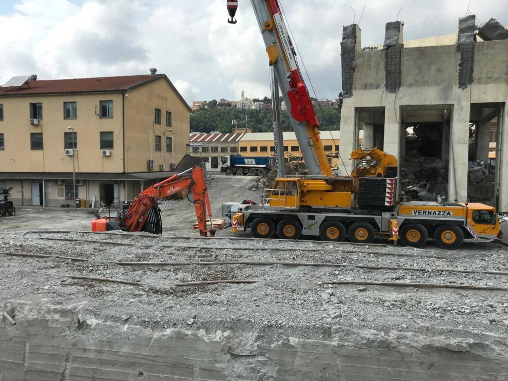 Lavori ferrovie Rfi sotto ponte Morandi