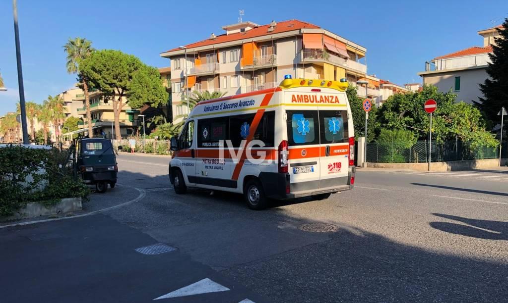 Pedone investito da un'auto a Pietra Ligure