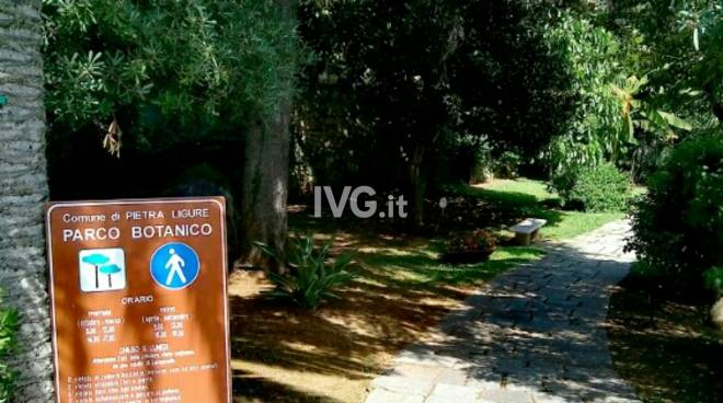 """Pietra Ligure, affondo della Lista civica dei pietresi: """"Parco orto botanico in via di degrado e animali senza cibo"""""""