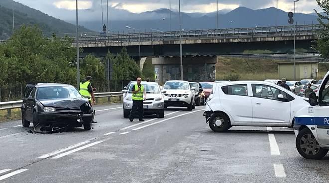 Scontro tra auto a Bastia d'Albenga