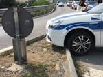 Scontro tra una Panda e un'auto della municipale ad Albenga