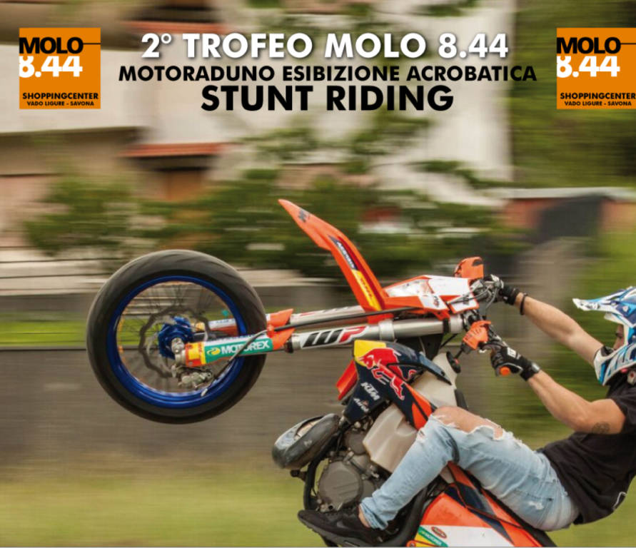 stunt riding, motoraduno , Molo 8.44