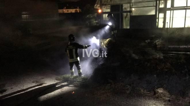 vigili del fuoco vvff notte