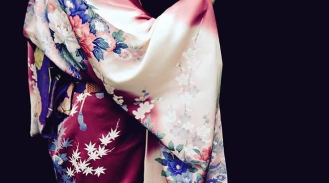 Sakura Project presenta la Via del Te\' sullle note del Bagno di Gong