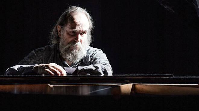 Il pianista Lubomyr Melnyk introduce il festival Electropark durante i Rolli Days