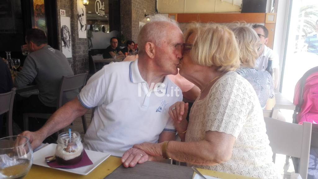 65 Anniversario Di Matrimonio.Francesco E Mirella Festeggiano 65 Anni Di Matrimonio Ivg It