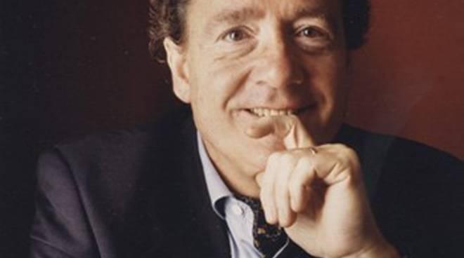 François-Joël Thiollier pianista