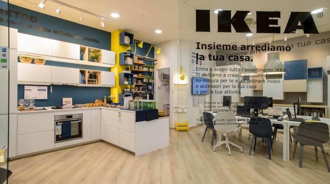 Mobili Su Misura Ikea : Ecco la u cminiu d ikea ad albenga niente mobili solo consulenti d