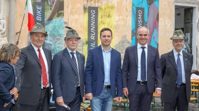 Inaugurata la casa comunale di campochiesa d 39 albenga for Casa comunale