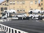Savona, a fuoco il terminal auto