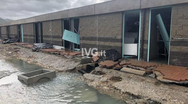 Varazze, danni alla Marina: spazzato via il distributore di carburante
