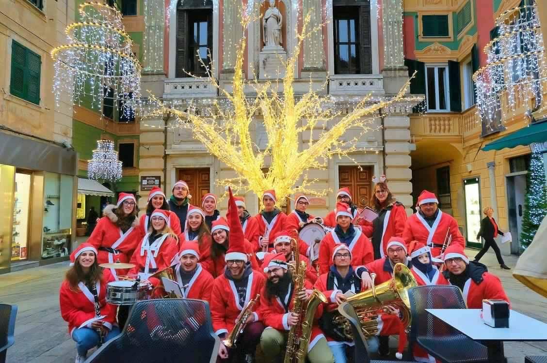 I Regali Di Natale Quando Si Aprono.Varazze Svela Il Suo Calendario Natalizio Stupore E Magia Come In