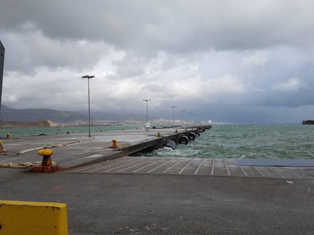 Porto di Savona, sopralluogo del consigliere regionale M5S Melis