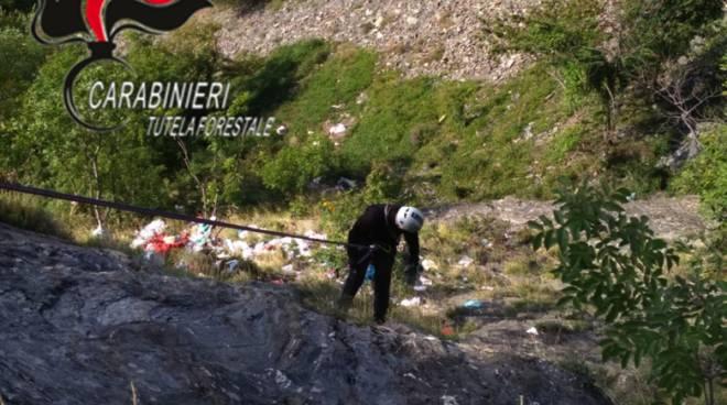 recupero rifiuti abbandonati a Borzonasca