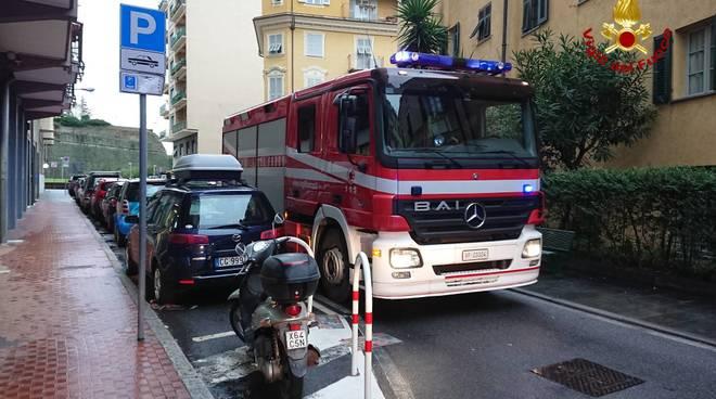Soccorso a persona in via Untoria a Savona