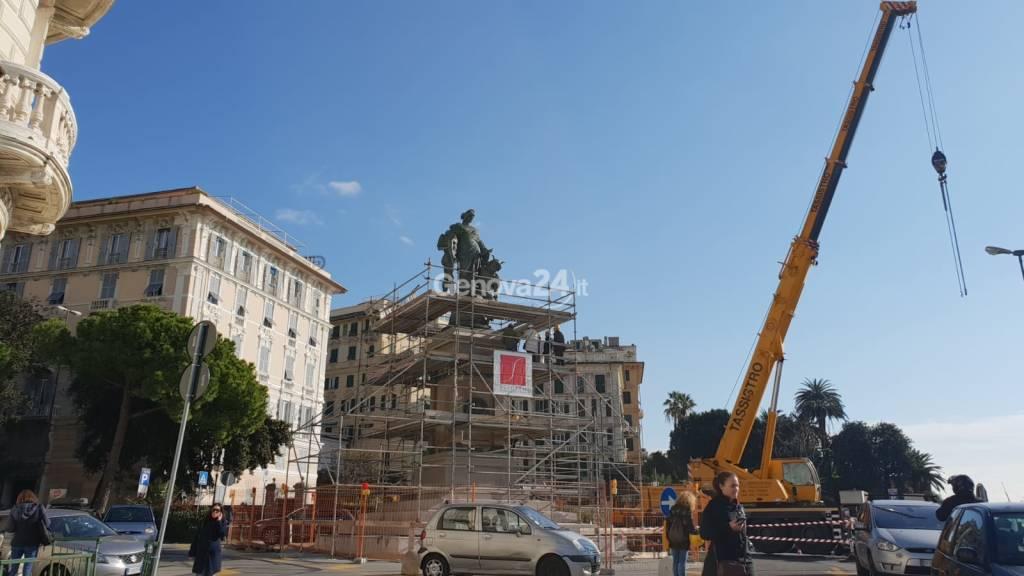 Statua Duca di Galliera in Carignano