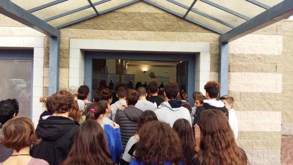 studenti pietra ligure