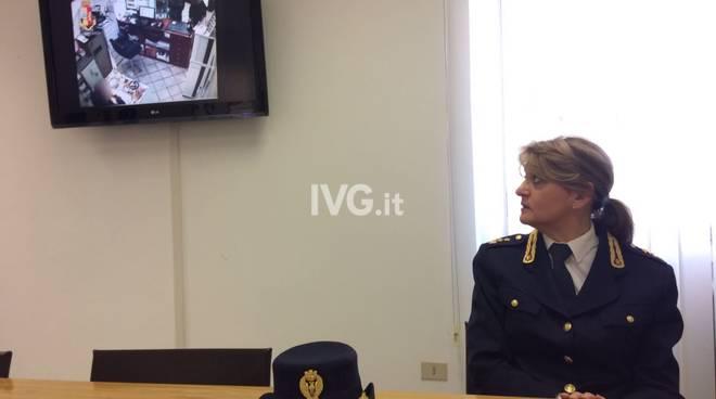 Truffava chi vendeva Rolex online, arrestato dalla polizia