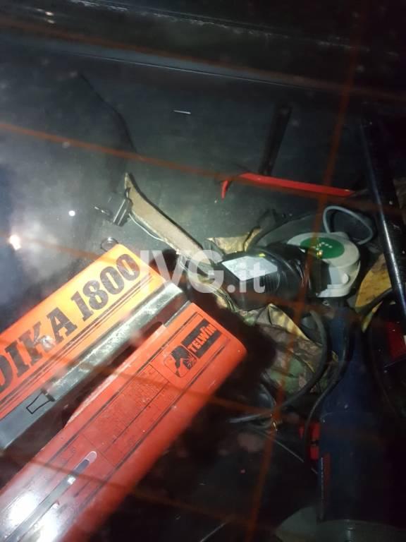 Auto rubata e arnesi Castelbianco
