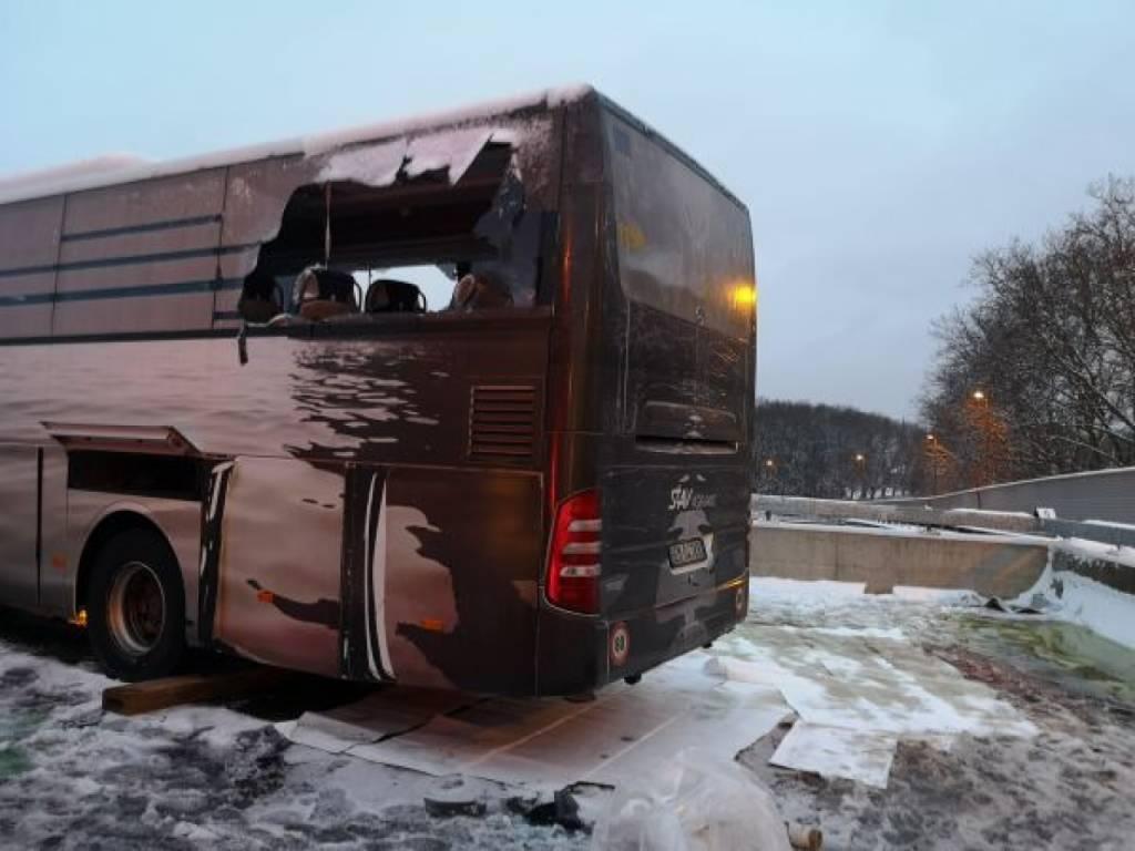Bus turistico partito da Genova si schianta vicino Zurigo