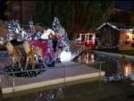 Loano, accese le luminarie natalizie e l'albero a led