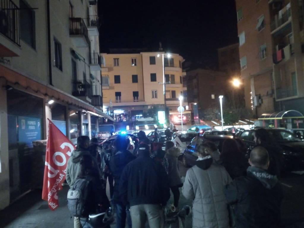 scaffalisti elpe presidio basko carabinieri